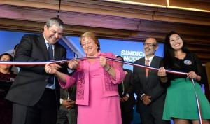 Corte-cinta-inauguración-edificio-sindicato-BancoEstado