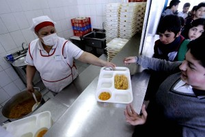 Reportaje - manipuladoras de alimentos
